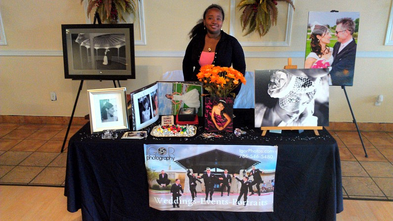 2013 03 31 10.47.32 795x448 Great time at the Spring Bridal Show in Bedford